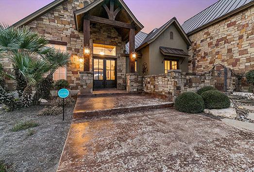 Texas hill country custom homes stone creek custom home for Custom country homes